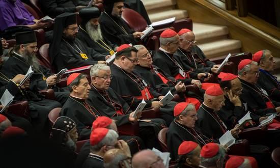 vescovi-vaticano_(catholicism-nc-sa)