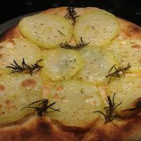 Pizza lunga lievitazione