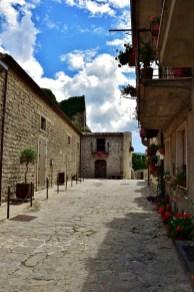 Verso Castello Montalbano Elicona