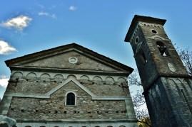Chiesa a Isola Santa