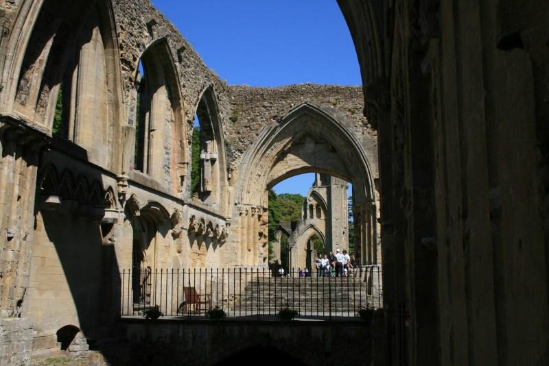 Artus Gral Glastonbury, Ruine, Klosterruine