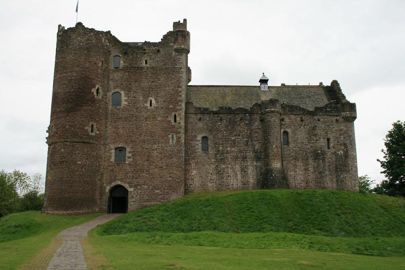 Filmkulisse Game of Thrones, Doune Castle Monty Python Ritter der Kokosnuss Burg Burg Leoch Outlander Diana Gabaldon