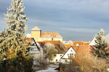 Sehenswürdigkeiten in der Nähe der Externsteine – Burg Horn und jüdischer Friedhof
