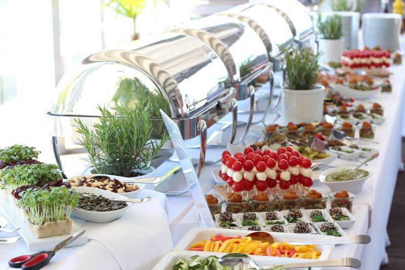 Essen auf der Dachterasse im Atlantic Congress Hotel Essen