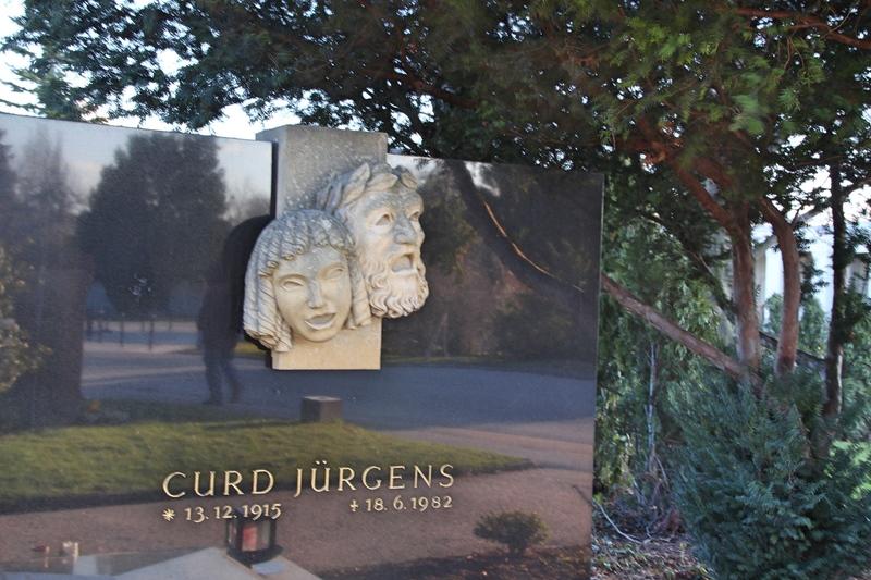 Grab von Curd Jürgens auf dem Zentralfriedhof in Wien