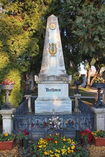 Grab von Ludwig van Beethoven auf dem Zentralfriedhof in Wien