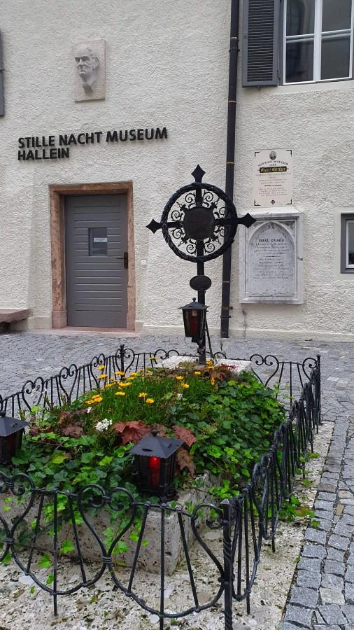 Stille Nacht Museum, Franz Xaver Gruber, Hallein, Salzkammergut, Sehenswürdigkeiten Hallein, Grab von Franz Gruber
