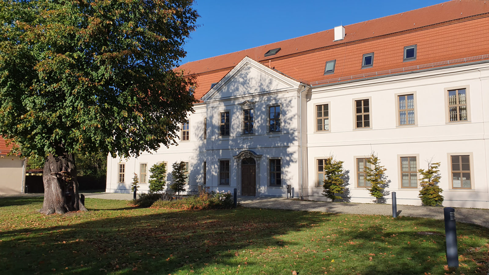 Zweites Schloss der Familie von Bismarck in Schönhausen - Schloss 2 genannt.