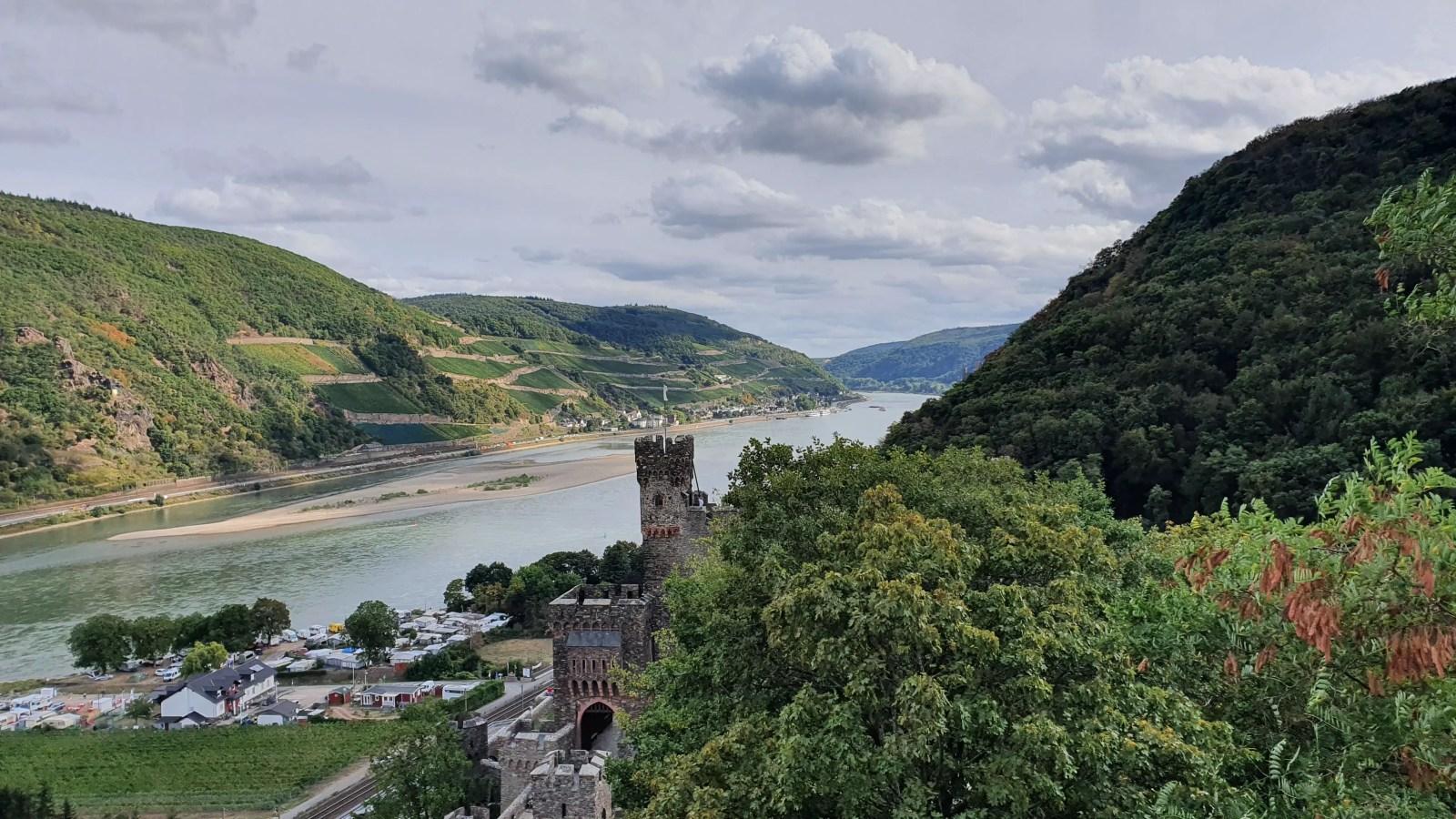 Burg Reichenstein, Burg am Mittelrhein, Rhein-Burgen-Weg, Wanderweg ab Bingen, Sehenswürdigkeiten bei Bingen
