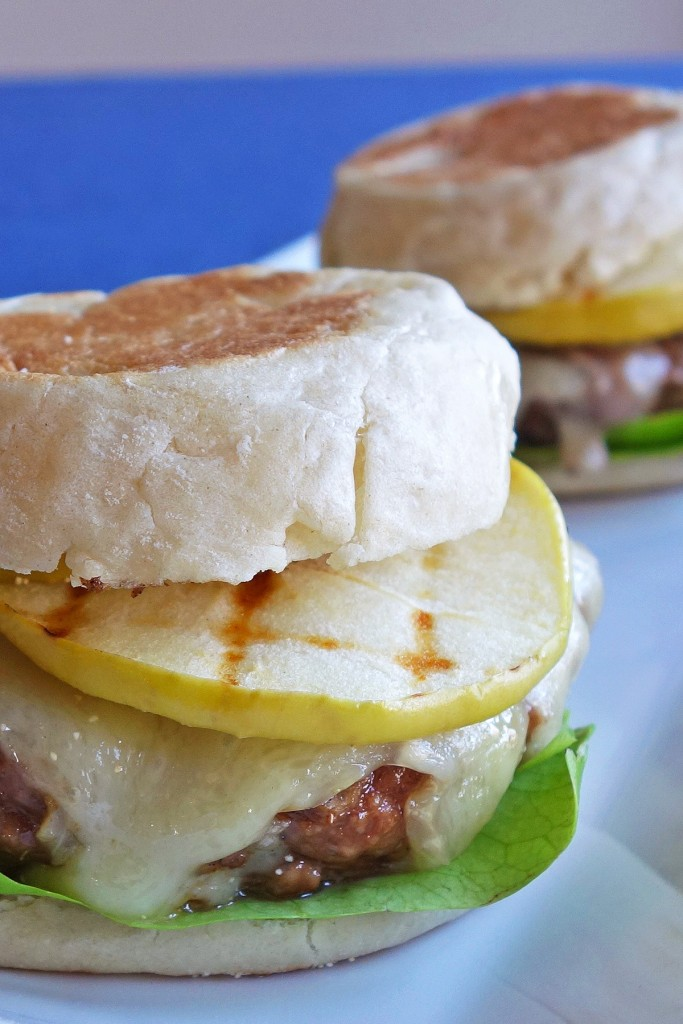 Burger with Brie and Green Apples | burgerartist.com