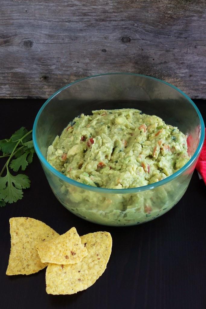 Fresh homemade guacamole recipe with roasted garlic.