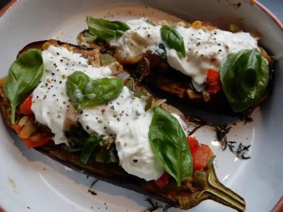 gevulde aubergine met burrata
