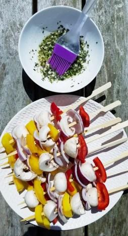 Recept vegetarische groentespiesjes op de barbecue BurgertrutjesNL