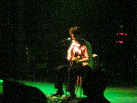 G Love closes the set, solo