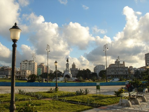 Havana, with your back to the sea