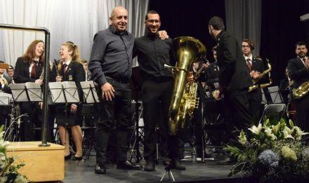 Homenaje a músicos