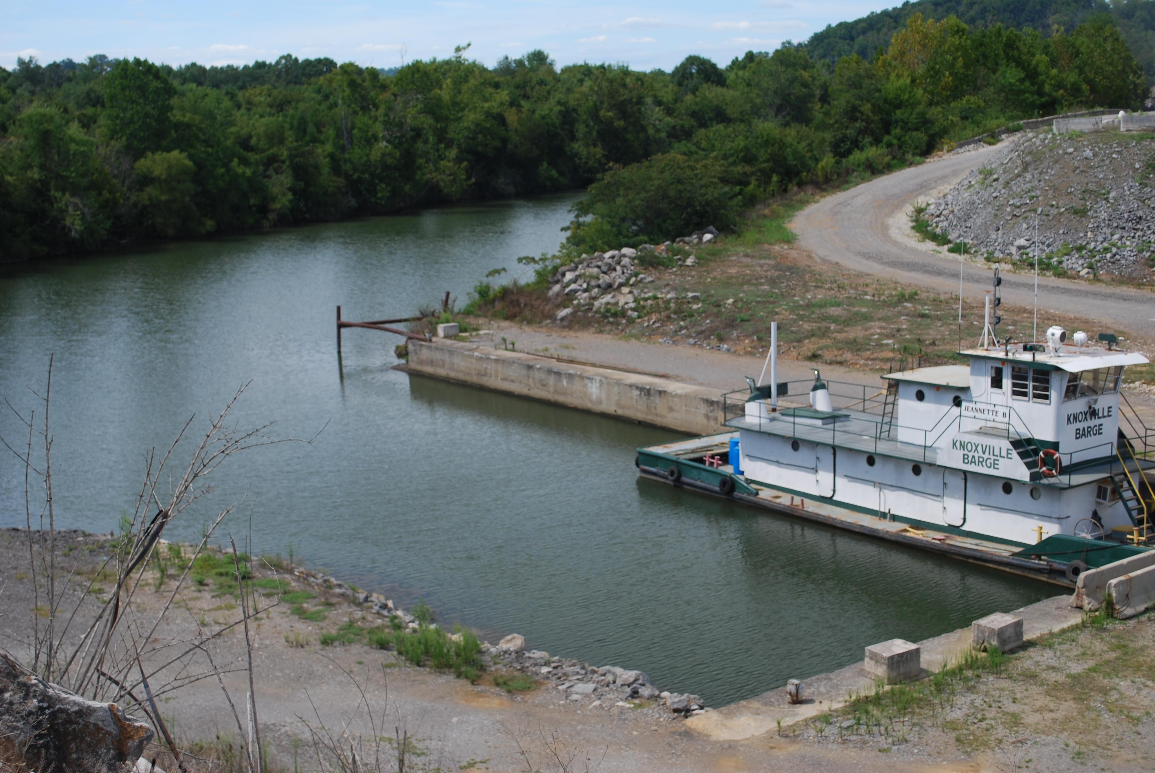 Barge, Truck, & Rail Photo Gallery | Burkhart Enterprises