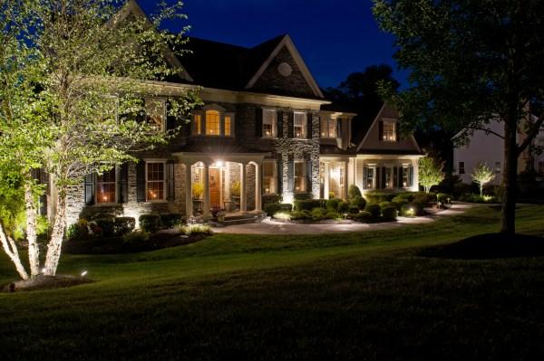 residential outdoor lighting designers