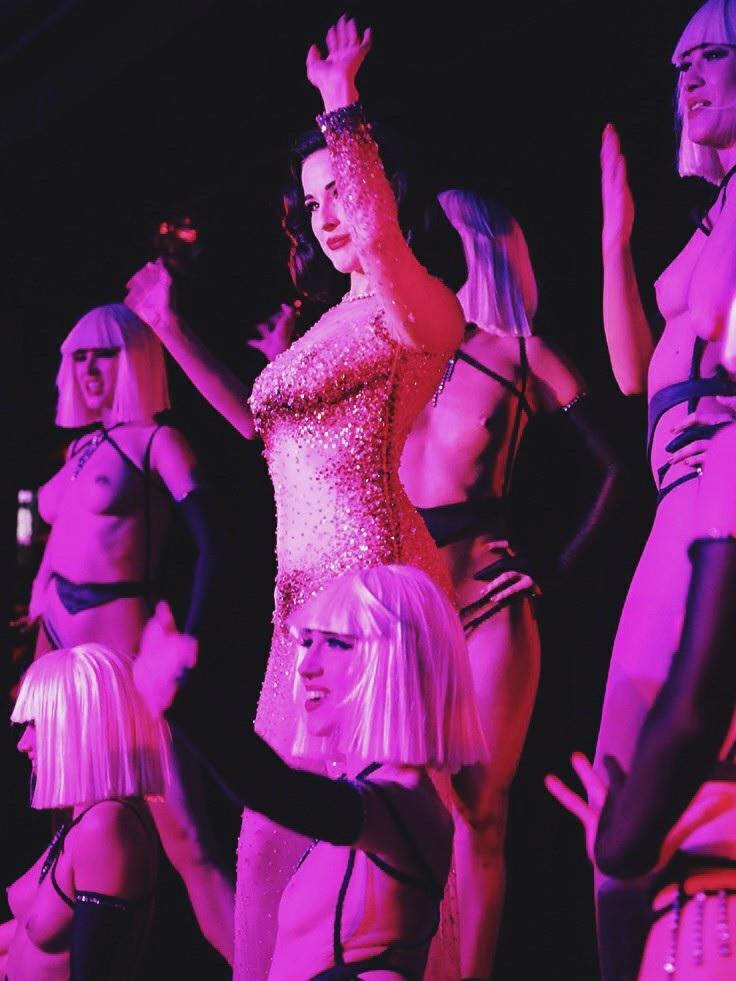Carmen electra dancing in vegas - 1 part 10