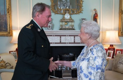 Queen Elizabeth II, in her capacity as Colonel-in-Chief of the Argyll and Sutherland Highlanders of Canada, receives Colonel Ronald Foxcroft (Honorary Colonel) at Buckingham Palace in London.