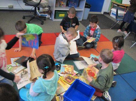 Kids-Reading-on-Floor2-1024x768