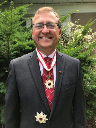Mike Wallace with Japan's Order of The Rising Sun Award July 2018