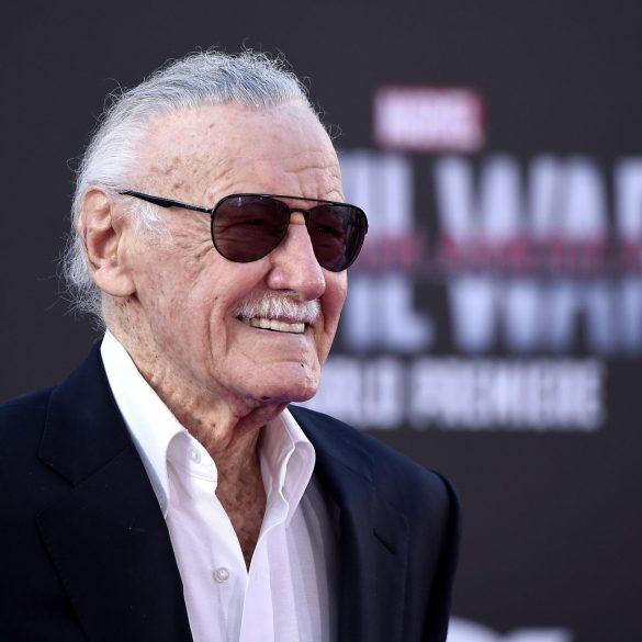 Stan Lee é acusado de assédio sexual por enfermeiras 30