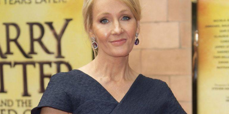 J.K. Rowling faz comentário transfóbico e vira um dos assuntos mais comentados do Twitter 16