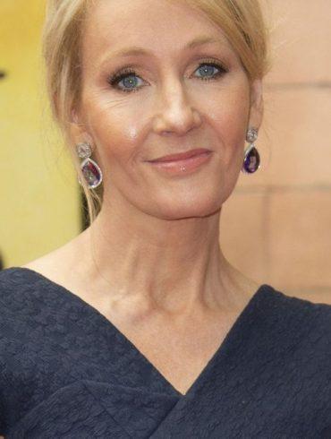 J.K. Rowling esclarece bloqueio de fãs no Twitter 22