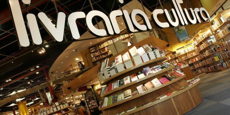 Mesmo com crise de livrarias, faturamento do setor de livros fica no azul 15