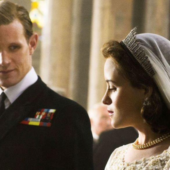 """Claire Foy ganhou menos do que Matt Smith para ser protagonista da série """"The Crown"""" 16"""