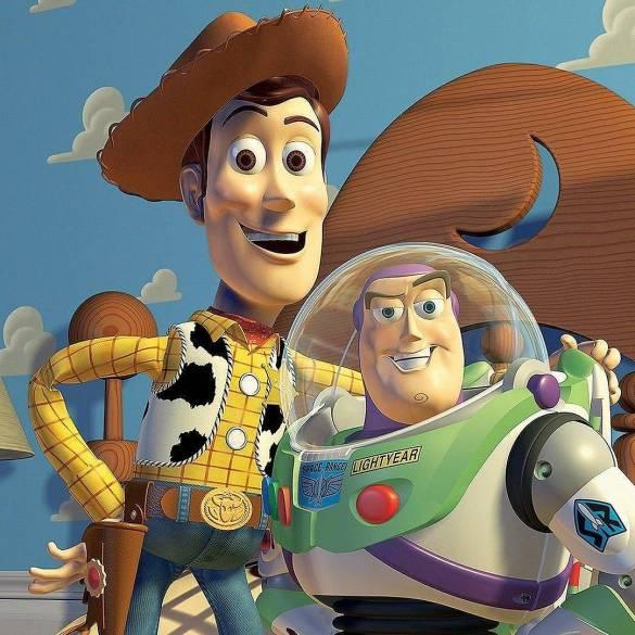 Toy Story 4 | Tom Hanks publica foto ao encerrar gravações de Woody 29