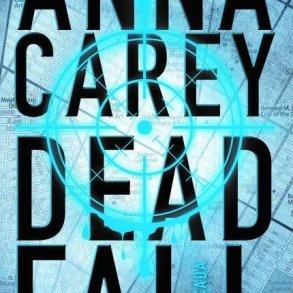 Resenha: Deadfall: A Caçada, Anna Carey 18
