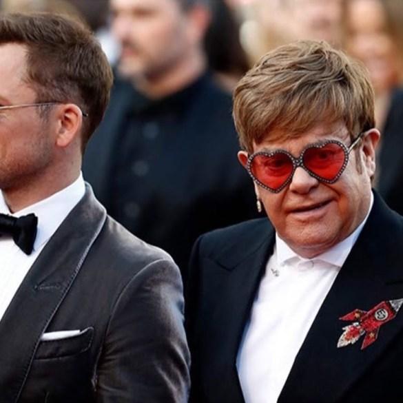 """""""Não vivi uma vida PG-13"""", diz Elton John sobre versão família de Rocketman 16"""
