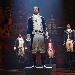 Hamilton chega ao Disney Plus sem opção de legendas ou dublagem em português 19