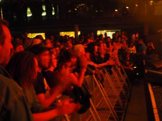 Dem Publikum hat die Performance von Jameson sichtlich gefallen.