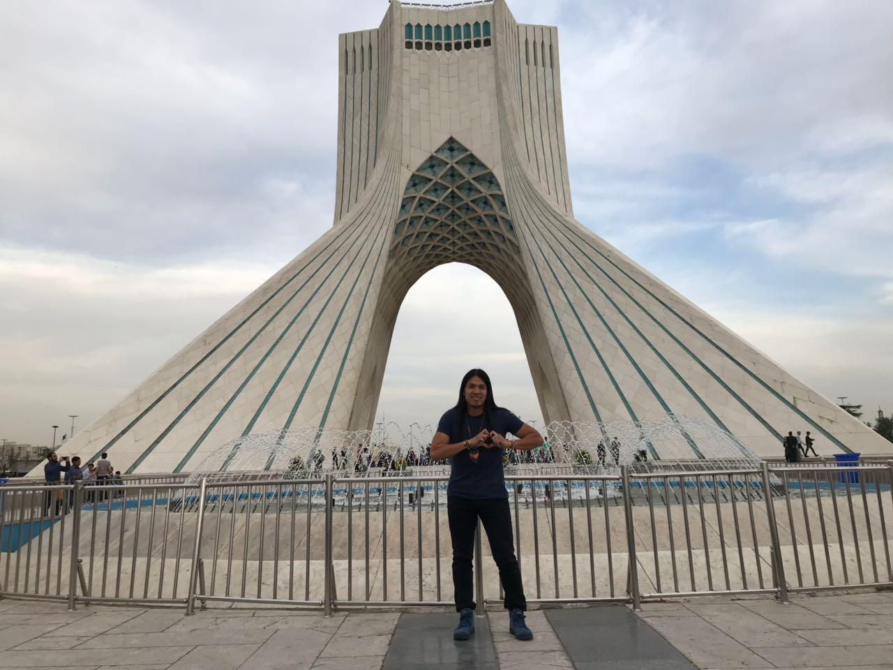 Leo Rojas Love Iran Foto