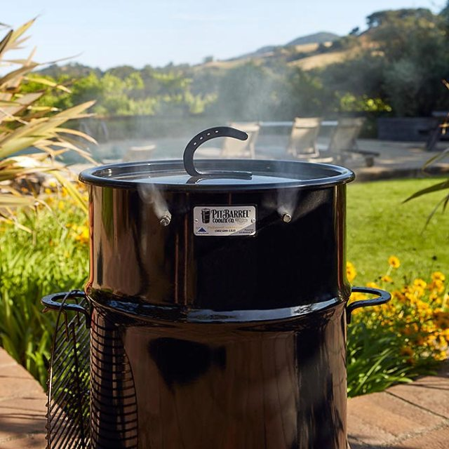 Review of the Classic Pit Barrel Cooker