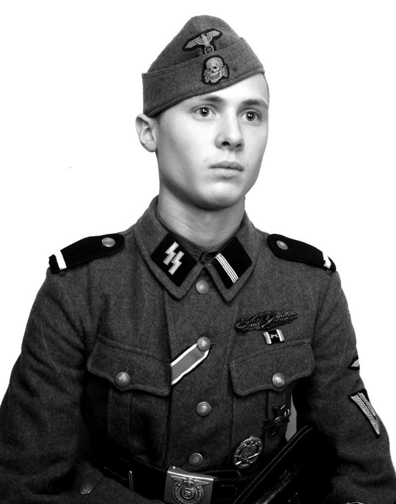 Soldbuch personal identificaltion photograph: JP, 10th SS Panzer Division Frundsberg.