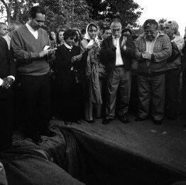 "Family members and friends applaud during the funeral of Horacio Bau a left-wing montonero militant from Trelew in the Argentine Patagonia region who disappeard in La Plata, Argentina in november 1977. His remains were found buried in a cementery in the city of La Plata as a ""no name"" in early 2007 and the burial cerimony took place in Trelew in November 2007. Trelew, Argentina, November 2007."