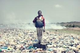 06_agbogbloshie_kevin_mcelvaney_derkevin.com_e-waste_burnmagazine