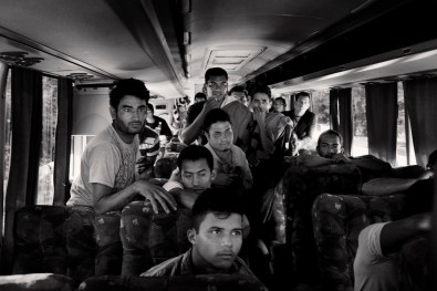 Immigrants coming back from mexico border for the post of corinth in guatemala and honduras border. Immigrants in the picture will have to take road to honduras coming home, one in bus where have to pay 55 lempiras to reach the first great city is puerto cortes will address from where their homes