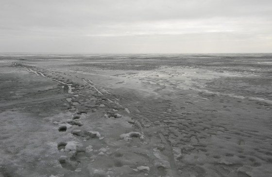 In 1945 Germans tried to flee East-Pruissia across the frozen Curonian Lagoon (Kurisches Haff)