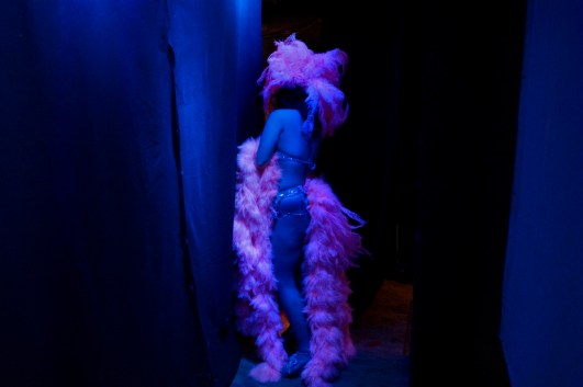 Burlesque performer Beepy Rose, from U.K., waiting for her exhibition. Rome. June, 2010.
