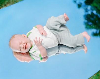 8 - Babysitting - 6f033b42-1643-46e5-9d14-8db95e6a08b9