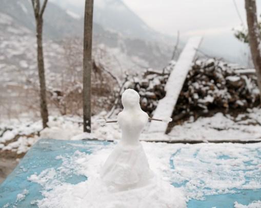 1 - Snowman with open arms - f1ba4b3d-ef2c-42b3-b1dc-7f4924b5a84b