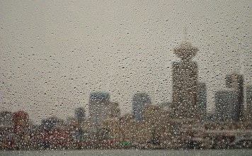 "VPD warn citizens to ""stay indoors"" from Vancouver weather"