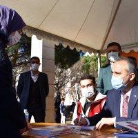 Üniversite adaylarına Büyükşehir desteği