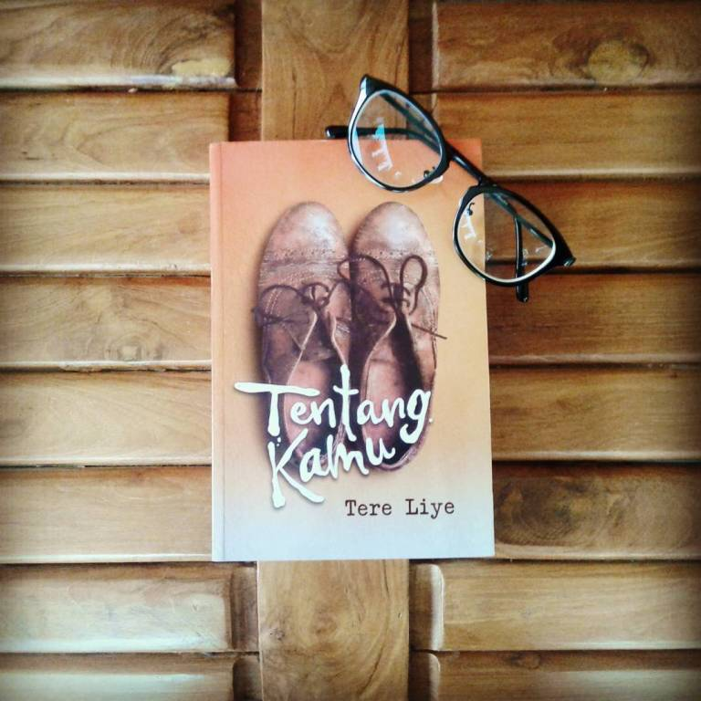 review-novel-tentang-kamu-tere-liye