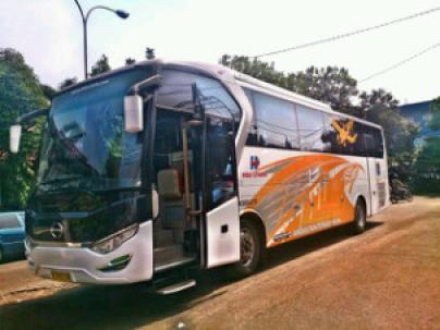 bus-bandara-depok-soekarno-hatta